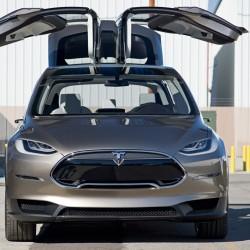 El Tesla Model X llega a las 6.000 reservas