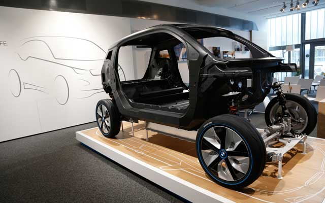 BMW-i3-EV-body-shell-front-three-quarters