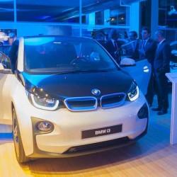 """BMW confirma que abandonará el sistema de venta exclusiva de la familia """"i"""""""