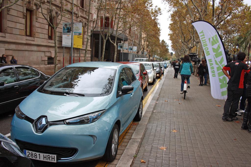 peajes gratuitos para los coches eléctricos en las autopistas de
