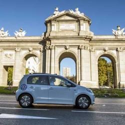 El Gobierno veta la proposición de Ley para fomentar el uso del coche eléctrico presentada en noviembre