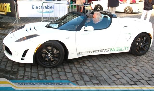 Bruselas109-Tesla-Roadster