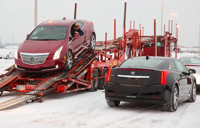 CadillacELRDelivery02