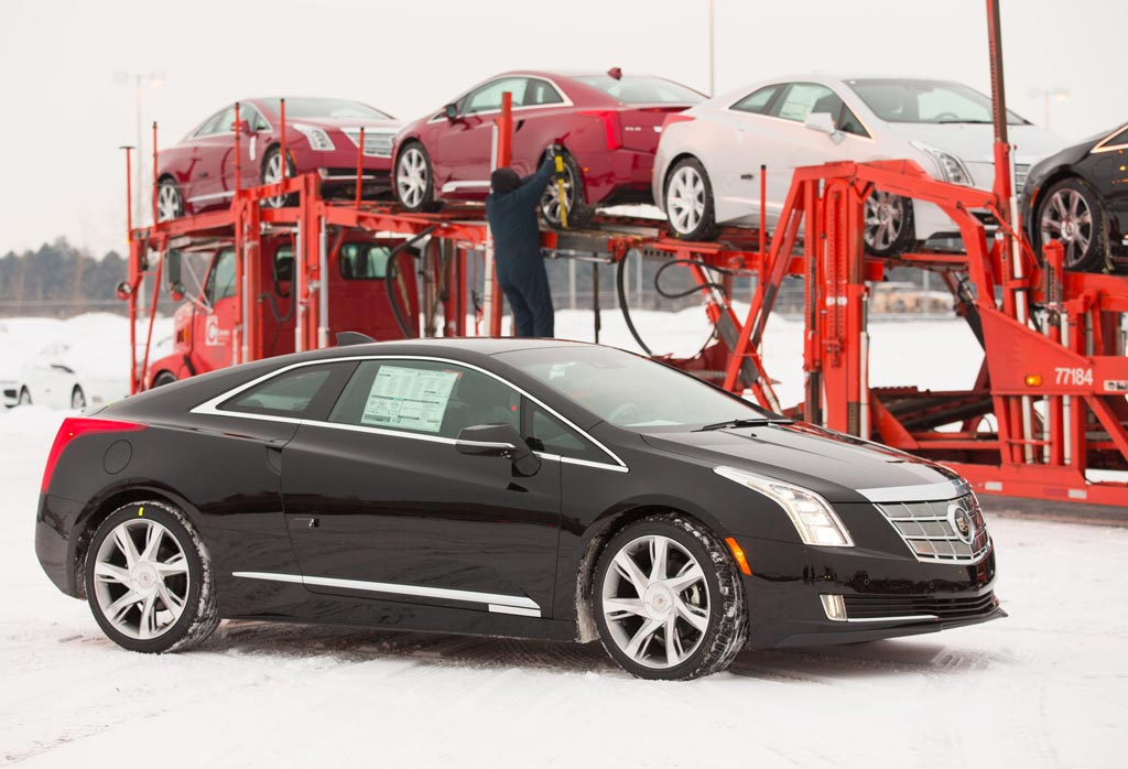 CadillacELRDelivery03