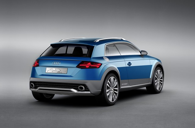 Audi-E-Tron-Crossover-Concept-2