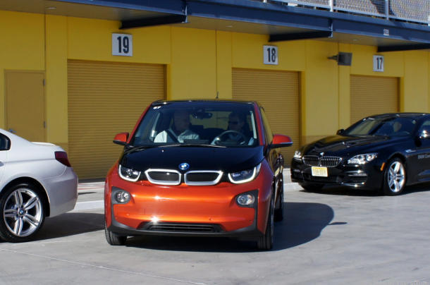 BMW_self_parking-001_610x404