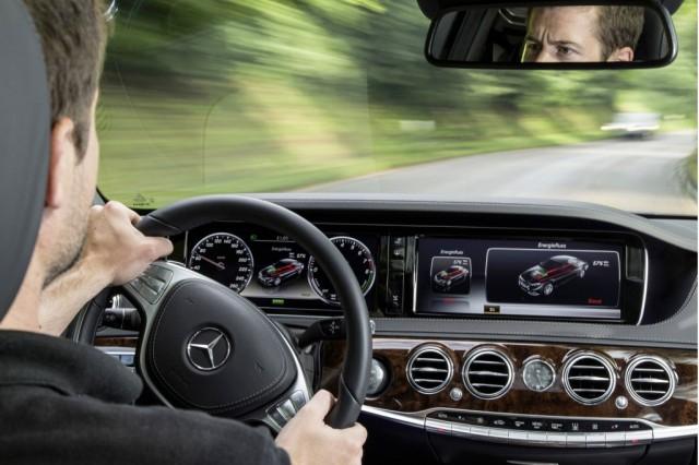 Mercedes-Benz S-Class Plug-In-3
