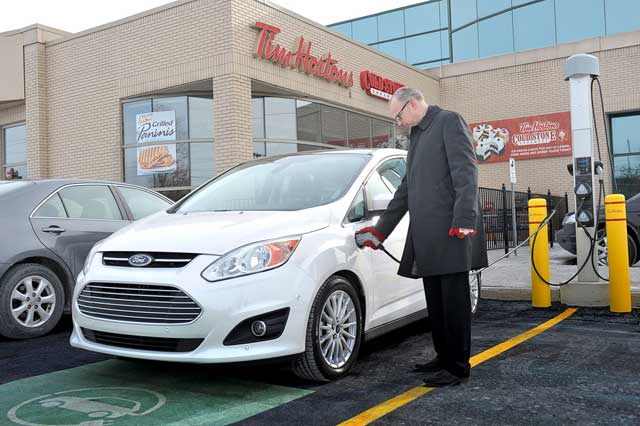 Onterio-EV-Charging-Stations-Tim-Hortons-ChargePoint