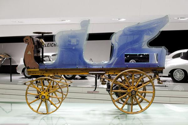 Restauración con un añadido simulando el diseño original