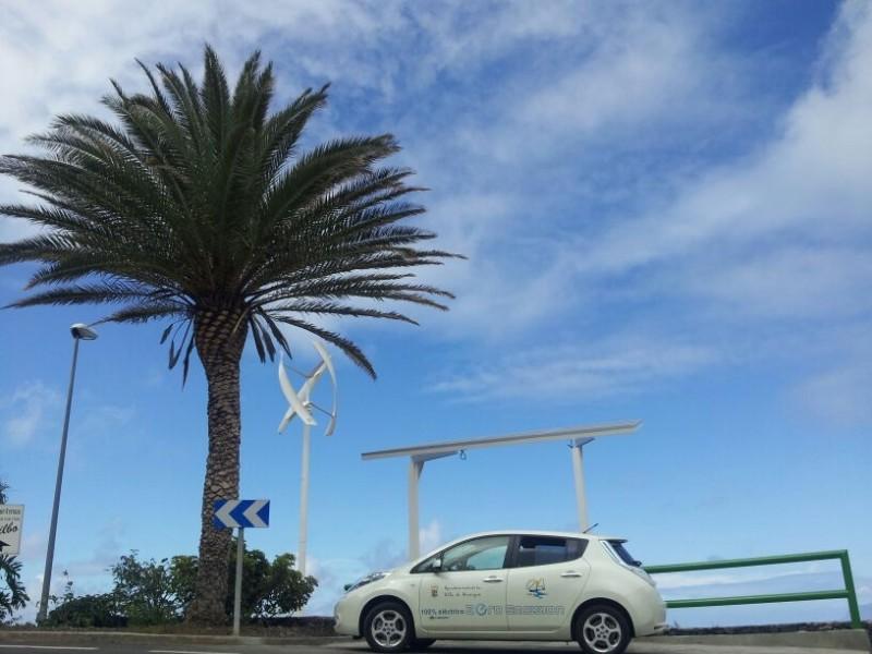 punto-recarga-vehículo-eléctrico-gomera