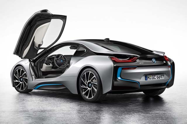 BMW-i8-Coupe-left-front-3