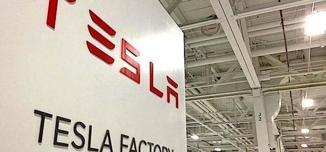 Tesla podría abrir una fábrica en Europa. Conversaciones con el gobierno de Eslovaquia