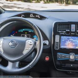 Llamada a revisión del Nissan LEAF por un problema en el airbag