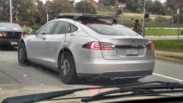 tesla-model-s-traccion-toal