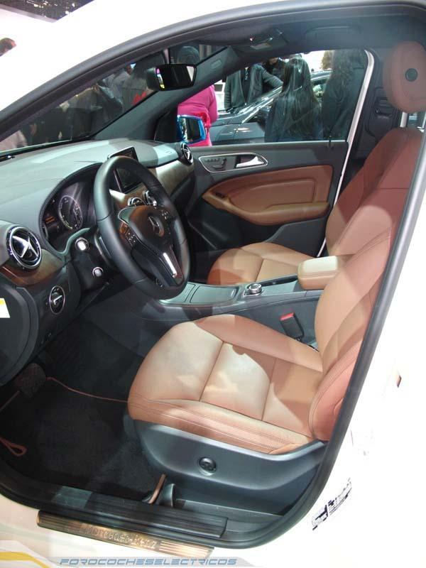 Mercedes-Benz-B-13