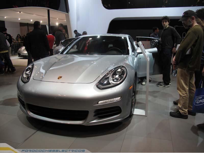 Porsche-hybrid-4