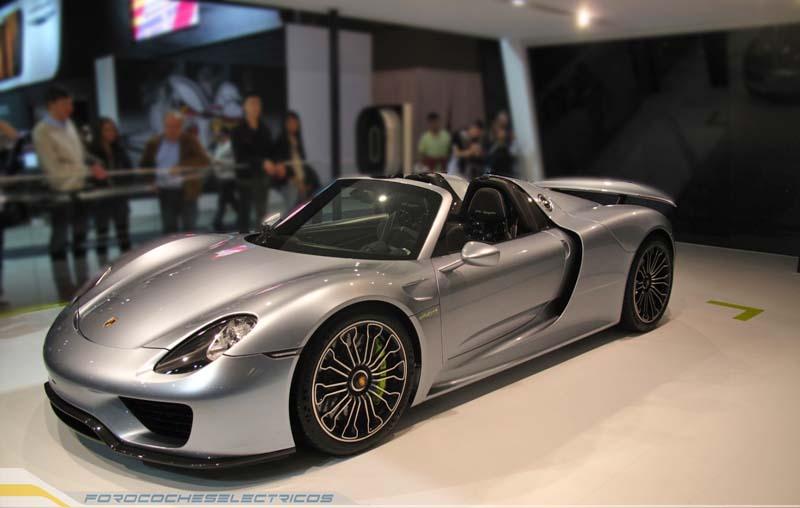 Porsche-spyder-1