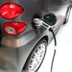 Según Consumer Reports, los concesionarios norteamericanos no saben vender coches eléctricos