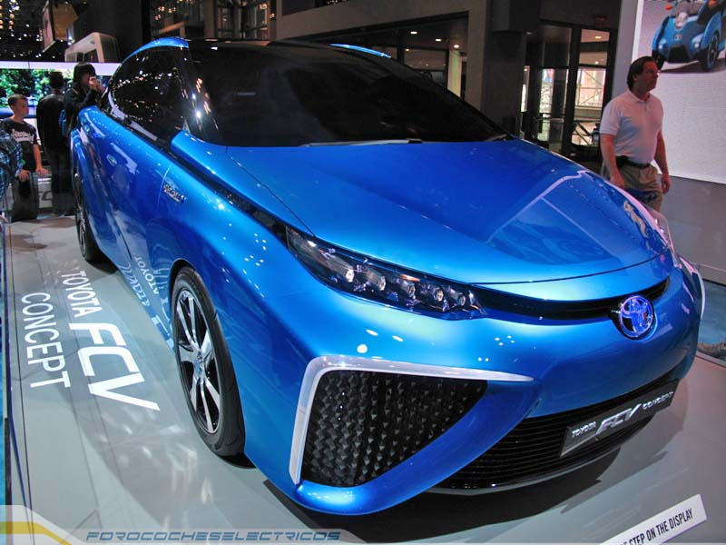 Toyota-FCV-10