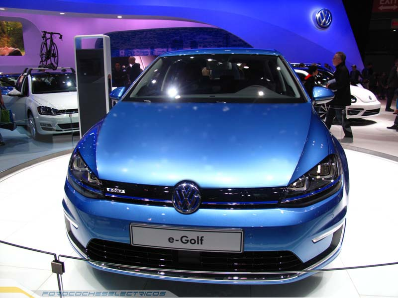 VW-eGolf-4-b