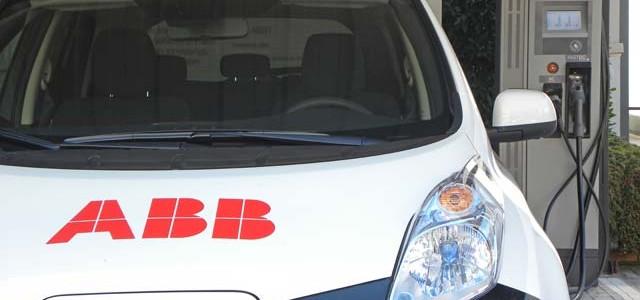 Nissan asegura que perderá dinero con cada batería cambiada en el LEAF
