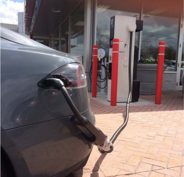 tesla-chademo-adapter
