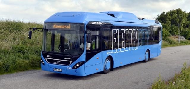 Volvo se prepara para probar la recarga de autobuses eléctricos en movimiento
