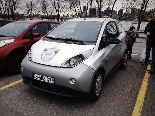 bollore-blue-car-at-world-record-quebec-via-aveq