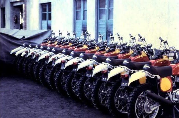 btc-built-to-go_bultaco_fabrica_wayne weedon_f22