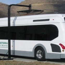 El autobús eléctrico de Proterra demuestra una eficiencia cuatro veces mejor que un modelo a gas