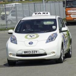 Listado y datos de contacto de los taxis eléctricos de España