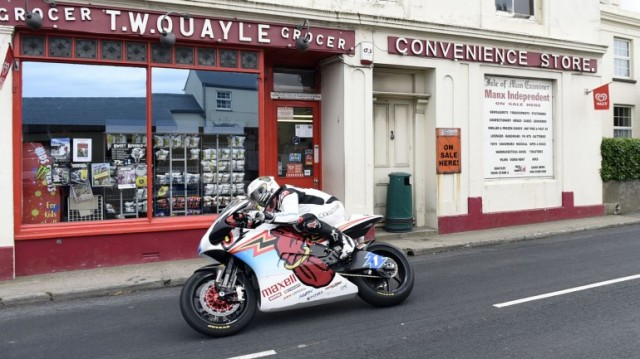 2014-isle-of-man-tt-zero-14