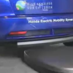Honda presenta el Jazz que se aparca y se recarga de forma autónoma