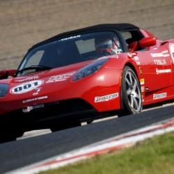 Power Japan Plus probará sus baterías Dual Carbon en coches de competición