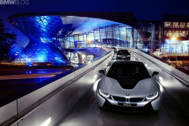 bmw-i8-deliveries-01-750x500
