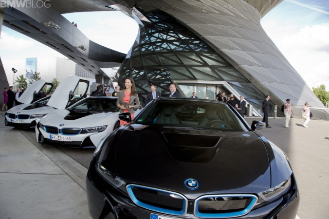 bmw-i8-deliveries-06