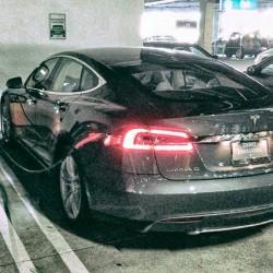Una de las primeras consecuencias de la apertura de patentes de Tesla. La red se adapta al Model S