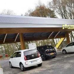 Fastned ofrece dos años de recargas gratuitas al comprarte el nuevo Nissan LEAF
