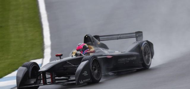 Los equipos de la Fórmula E dan sus primeras vueltas de entrenamiento en Donington Park