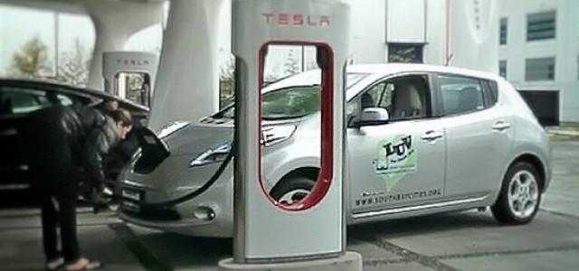 Nissan se une a la alianza Tesla-BMW, en la búsqueda de un formato de recarga rápida común