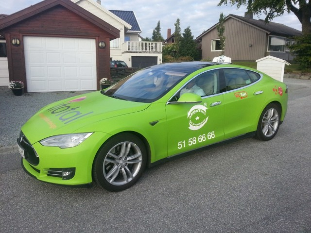 tesla-model-s-taxi-in-oslo-norway-photo-andrew-henderson_100471055_l