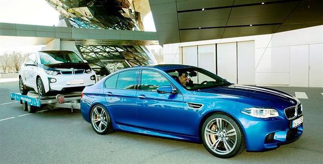 Aunque mole, la grúa del i3 no será otro BMW