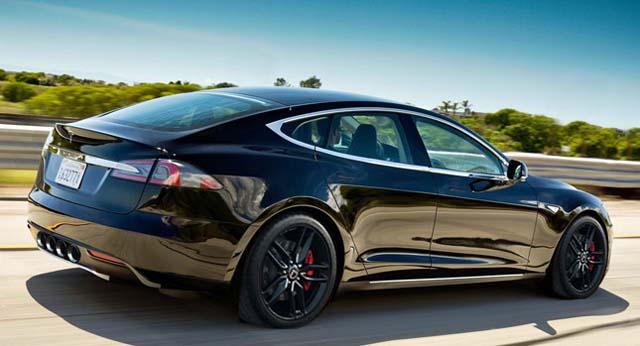 Tesla-Model-S-V8-0