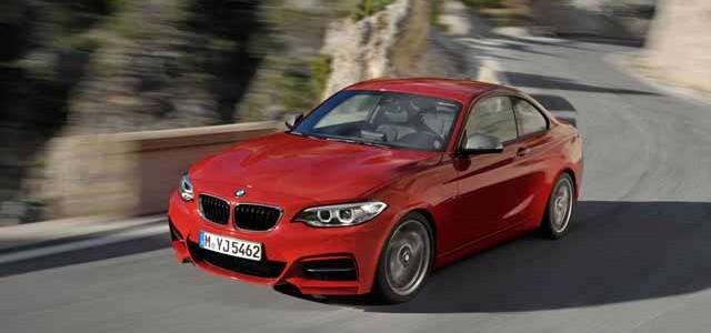 A pesar de lograr una puntuación de 98 sobre 100, el BMW M235i no logra superar al Model S