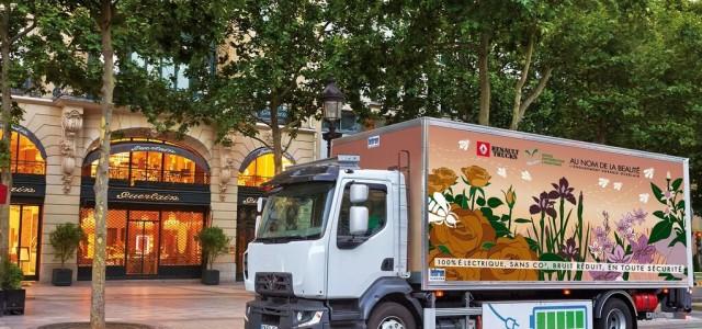 Guerlain usará un camión eléctrico de Renault para el reparto de sus mercancías en París