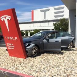 La NHTSA acusa a Tesla de esconder los problemas mecánicos de sus clientes con una cláusula de confidencialidad