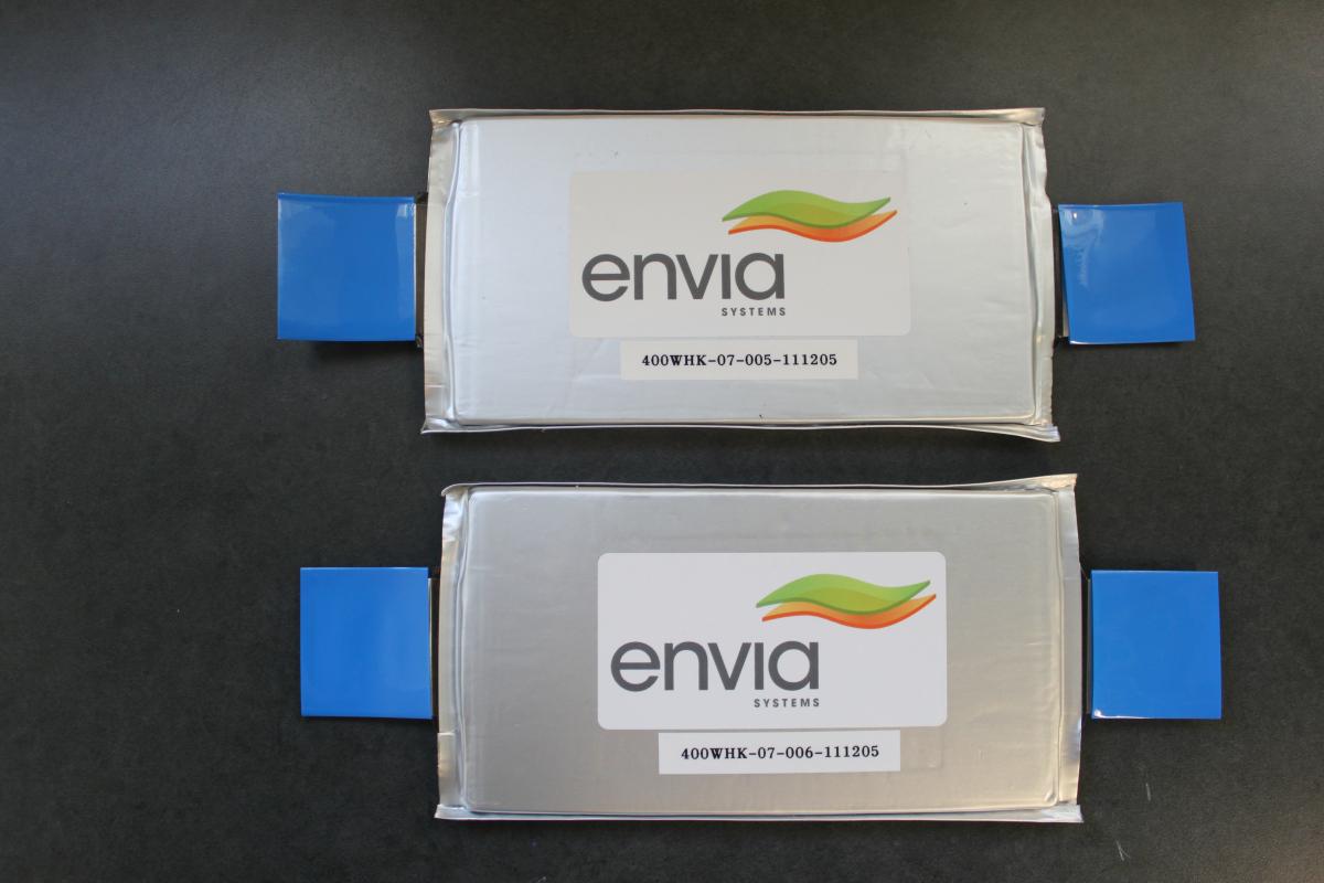 envia-400whkg-bateria