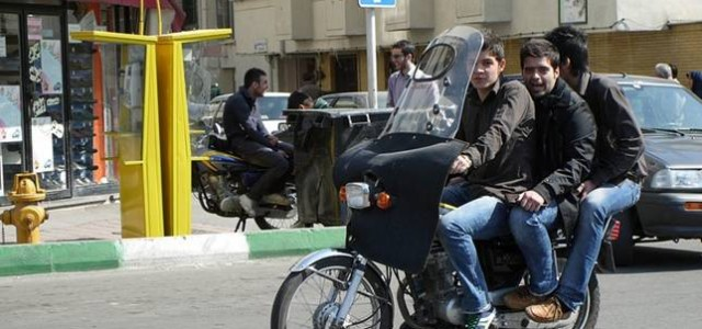 Teherán comprará 400.000 motos eléctricas para mejorar la calidad del aire en la ciudad