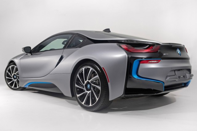 bmw-i8-pebble-beach-2014_2
