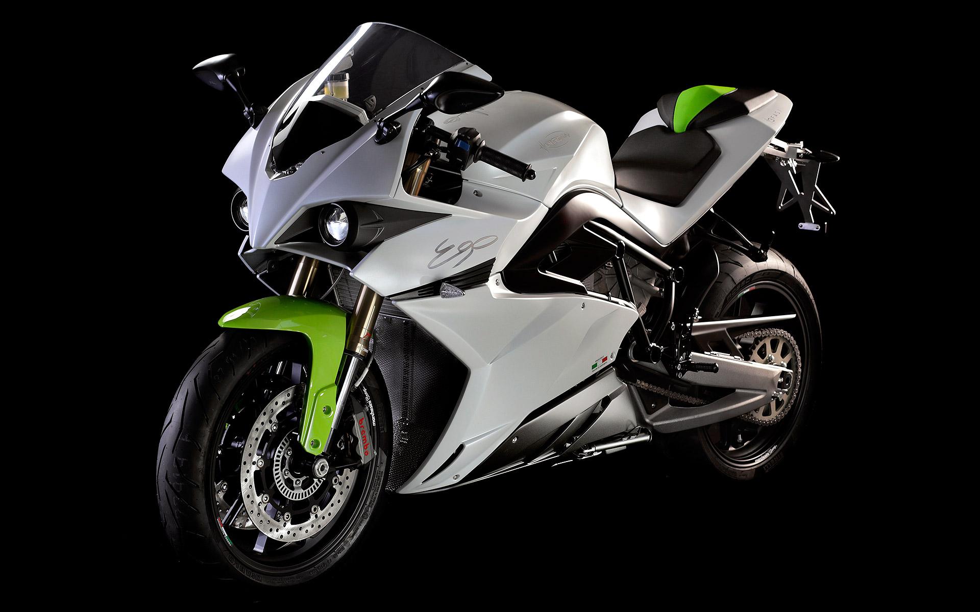 Energica Ego, la primera superbike eléctrica a la venta se va de Tour a Estados Unidos ...